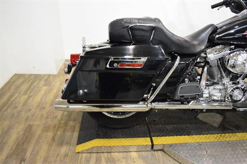2005 Harley-Davidson FLHT/FLHTI Electra Glide® Standard in Wauconda, Illinois - Photo 8