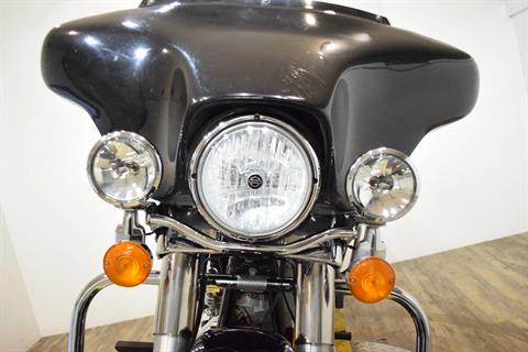 2005 Harley-Davidson FLHT/FLHTI Electra Glide® Standard in Wauconda, Illinois - Photo 12