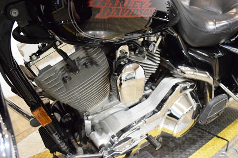2005 Harley-Davidson FLHT/FLHTI Electra Glide® Standard in Wauconda, Illinois - Photo 19