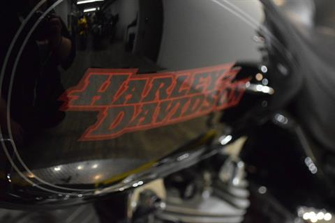 2005 Harley-Davidson FLHT/FLHTI Electra Glide® Standard in Wauconda, Illinois - Photo 20