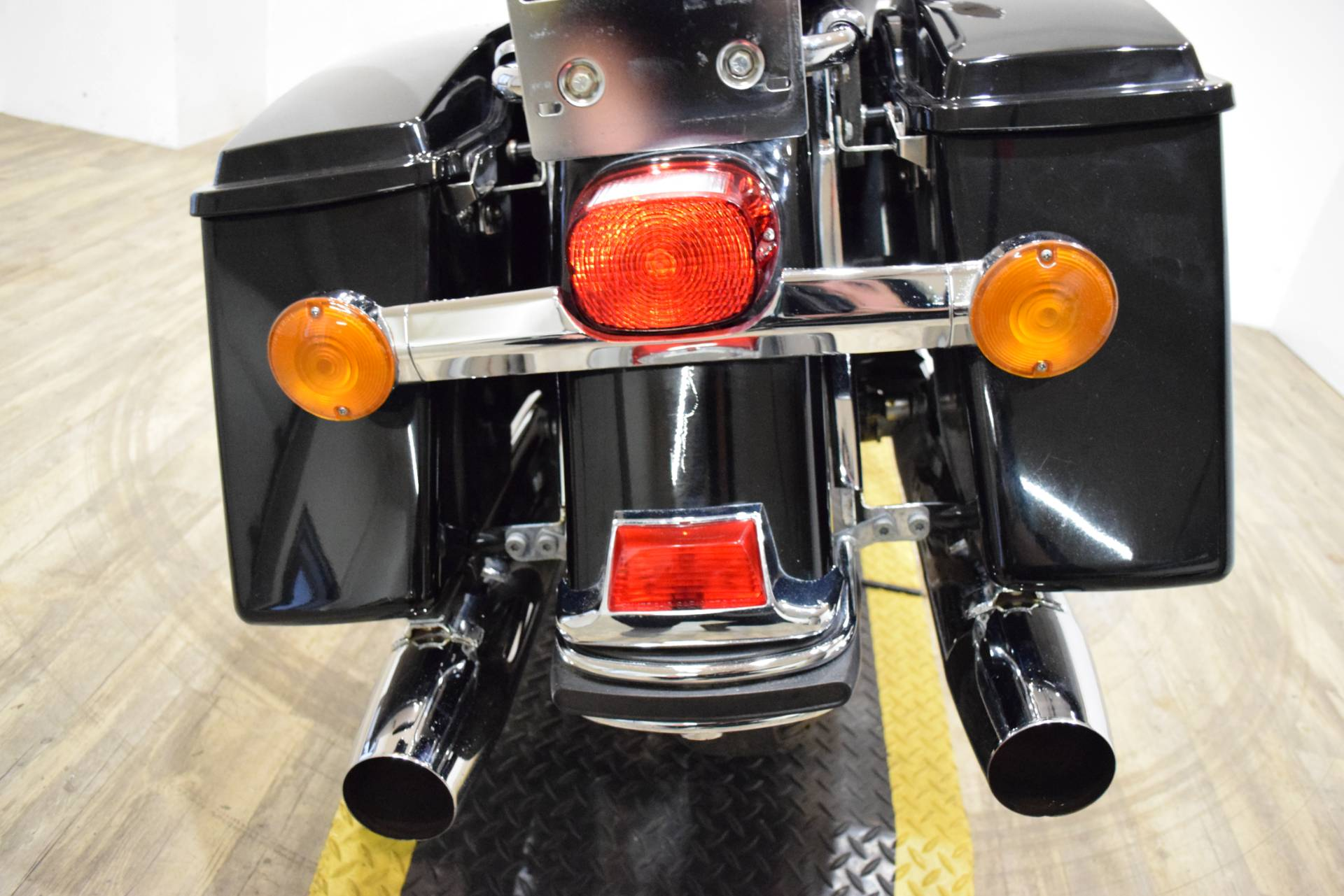 2005 Harley-Davidson FLHT/FLHTI Electra Glide® Standard in Wauconda, Illinois - Photo 25
