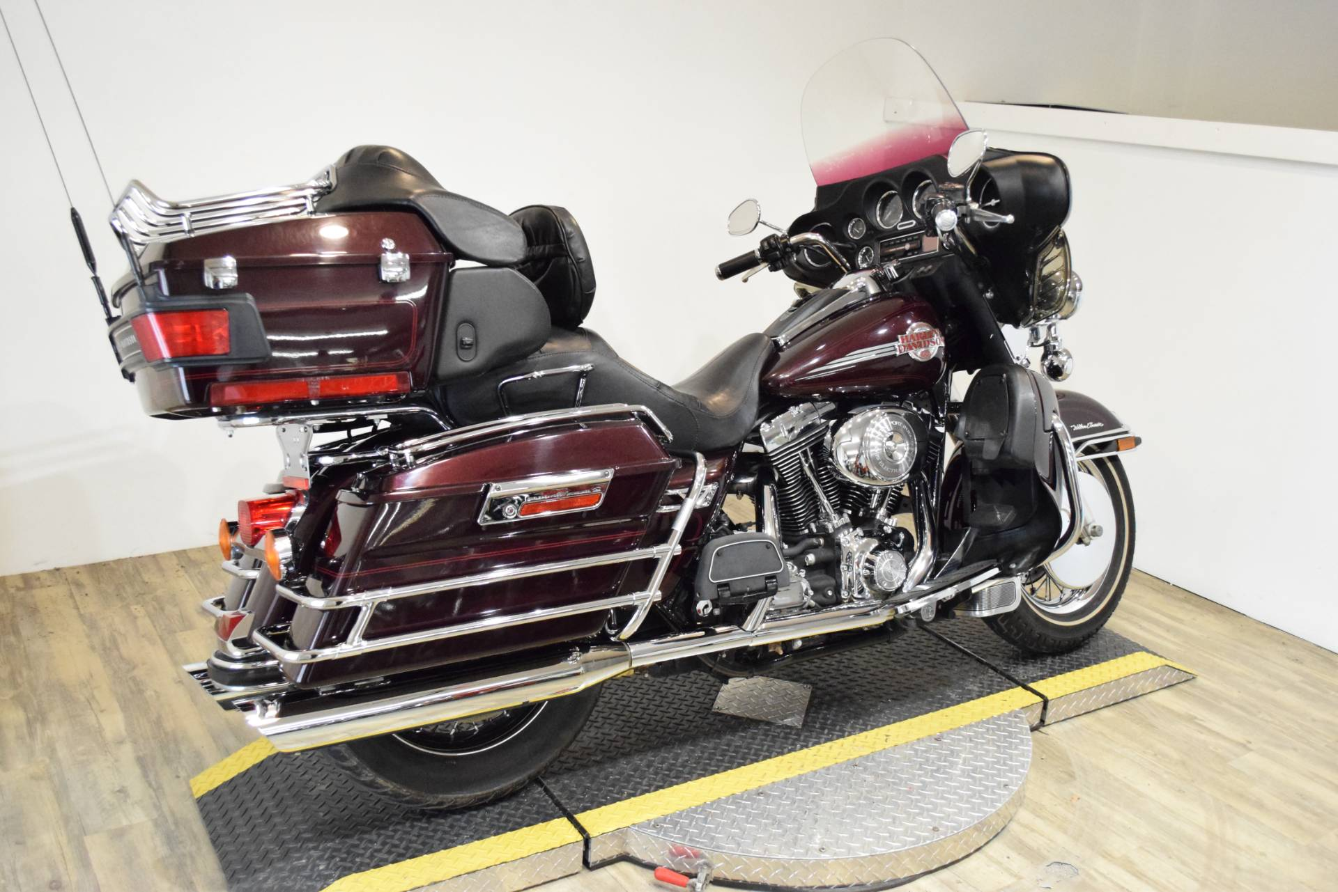 2005 Harley-Davidson Ultra Classic in Wauconda, Illinois - Photo 11