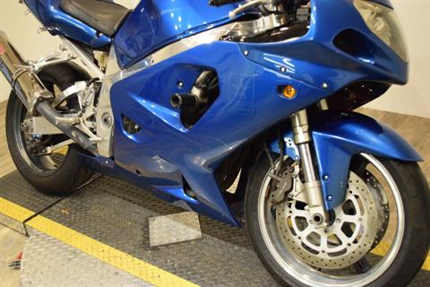 2001 Suzuki GSX-R 750 in Wauconda, Illinois - Photo 4
