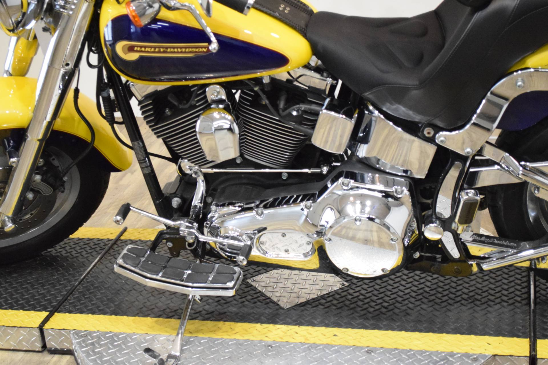 2004 Harley-Davidson FLSTFI FATBOY in Wauconda, Illinois - Photo 18