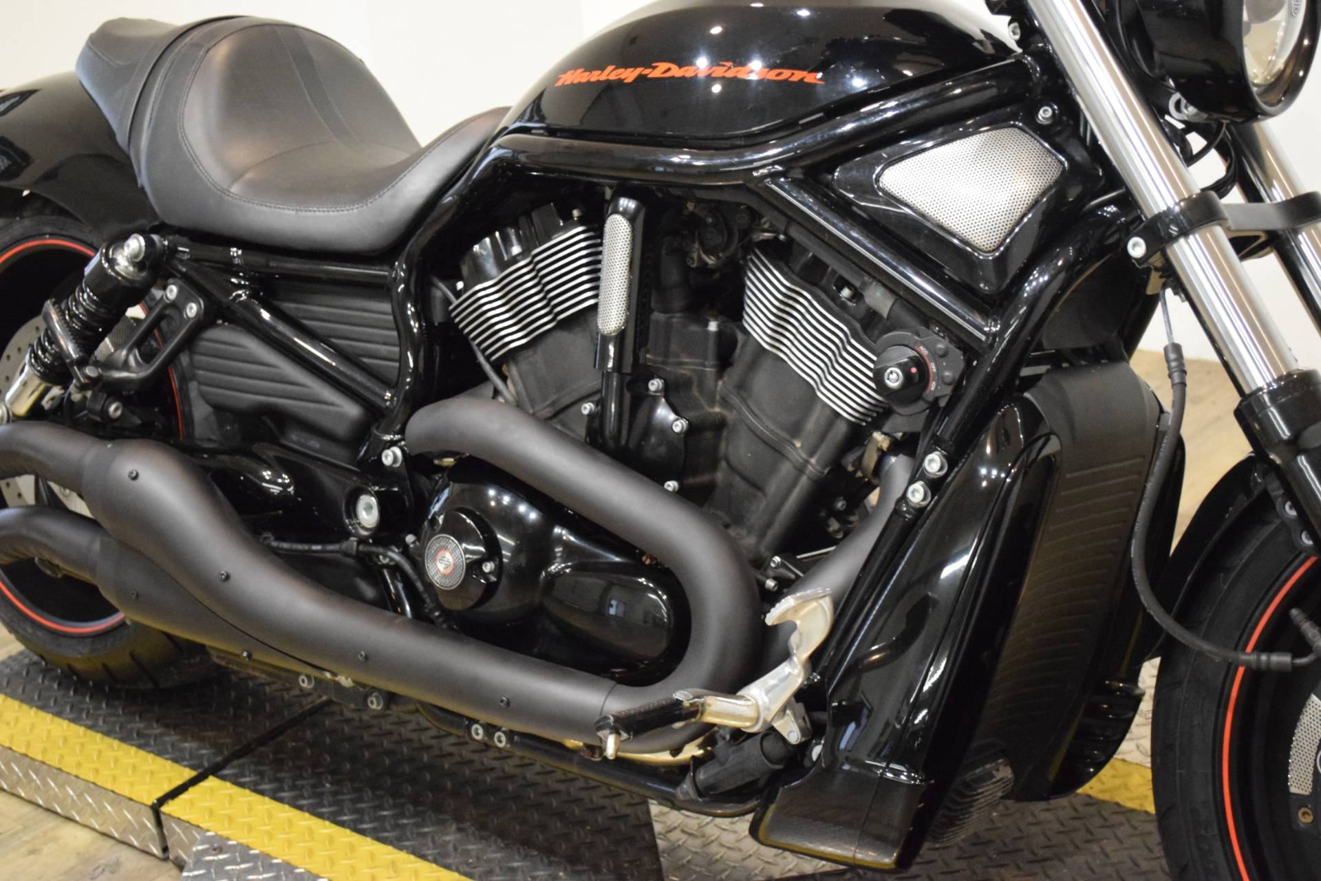 2010 Harley-Davidson Night Rod® Special in Wauconda, Illinois - Photo 4
