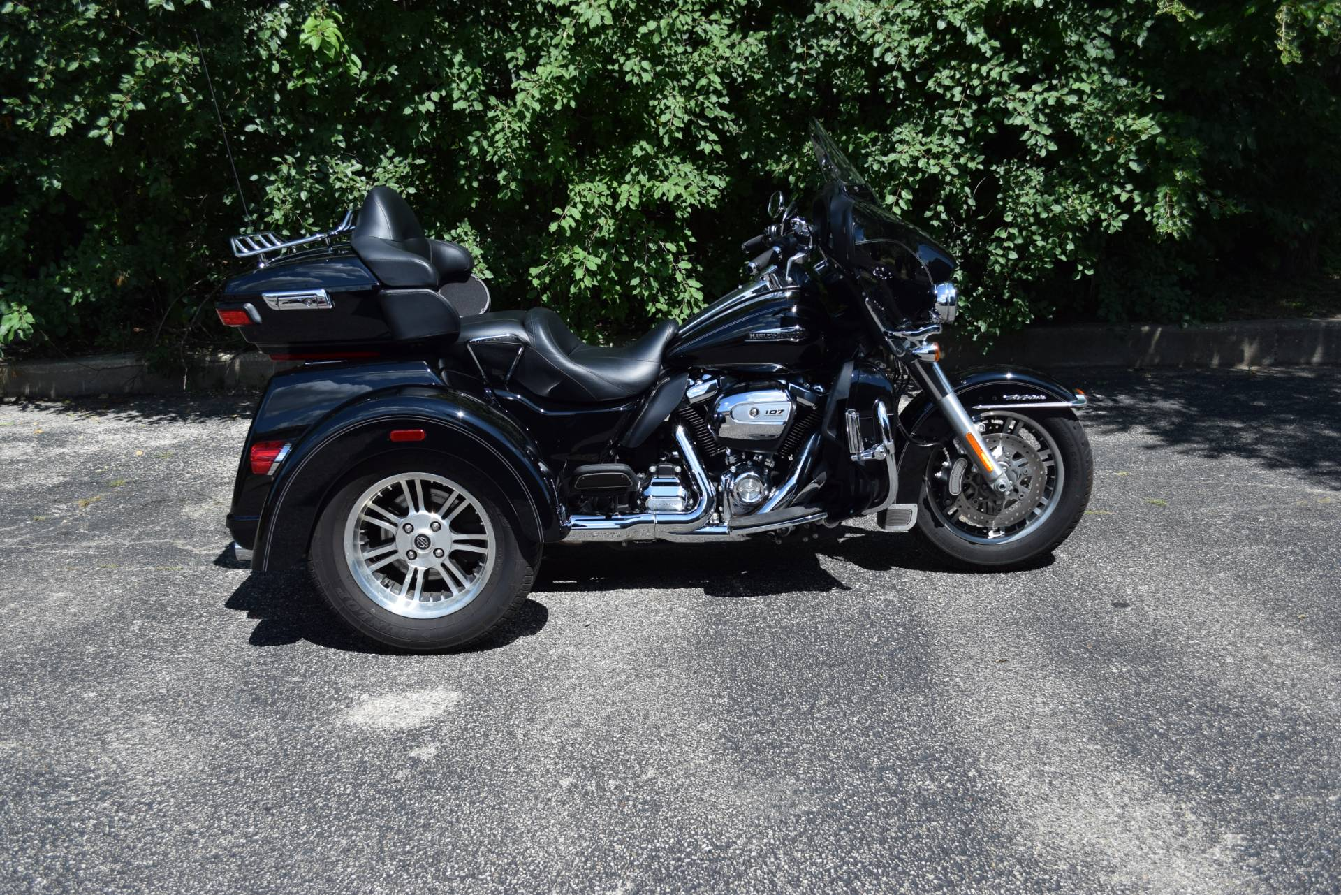 2017 Harley-Davidson Tri Glide® Ultra in Wauconda, Illinois - Photo 1