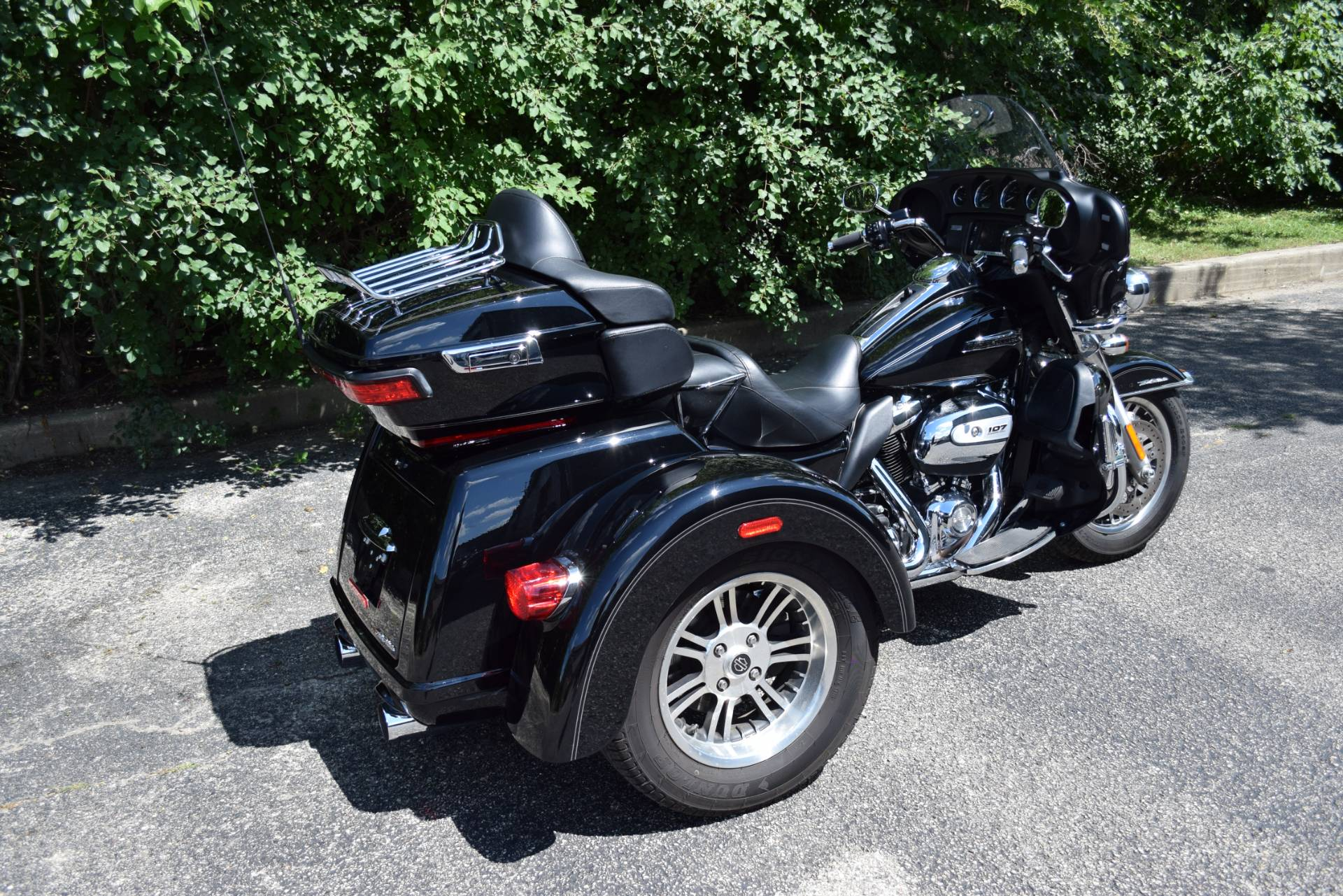2017 Harley-Davidson Tri Glide® Ultra in Wauconda, Illinois - Photo 10