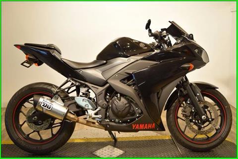2015 Yamaha YZF-R3 in Wauconda, Illinois