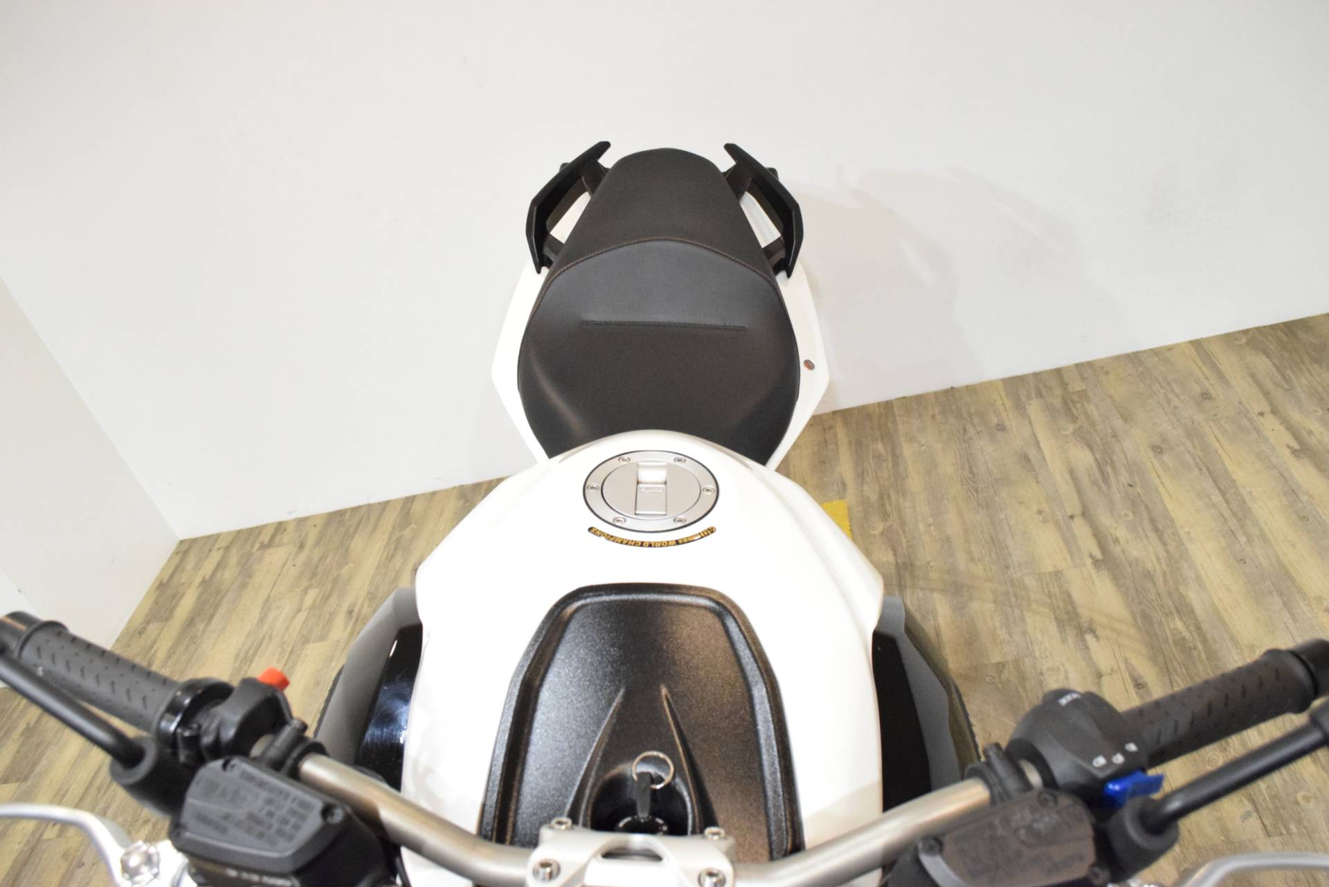 2013 Aprilia Shiver 750  in Wauconda, Illinois