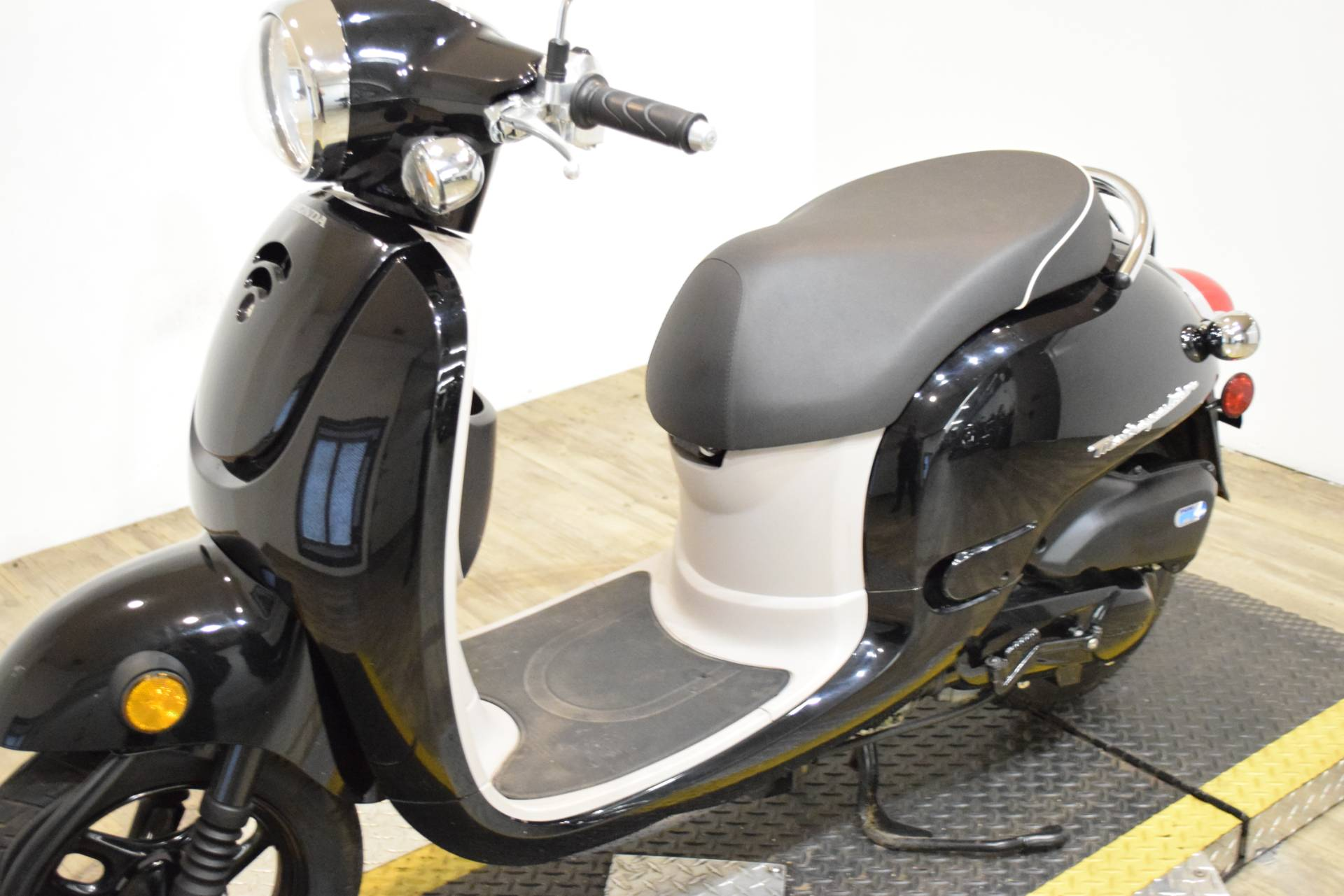 2013 Honda Metropolitan® in Wauconda, Illinois - Photo 17