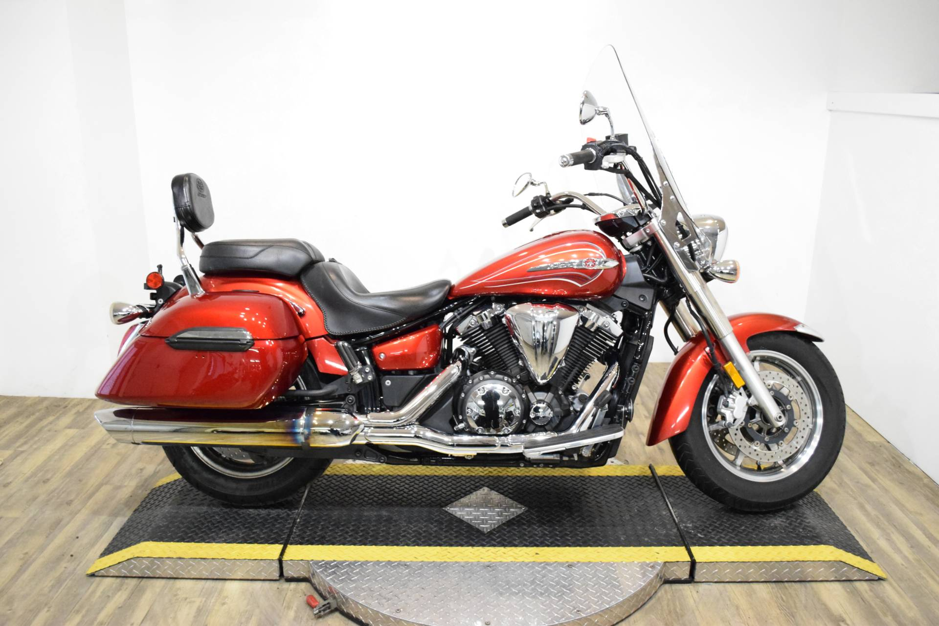 2011 Yamaha V Star 1300 Tourer in Wauconda, Illinois - Photo 1