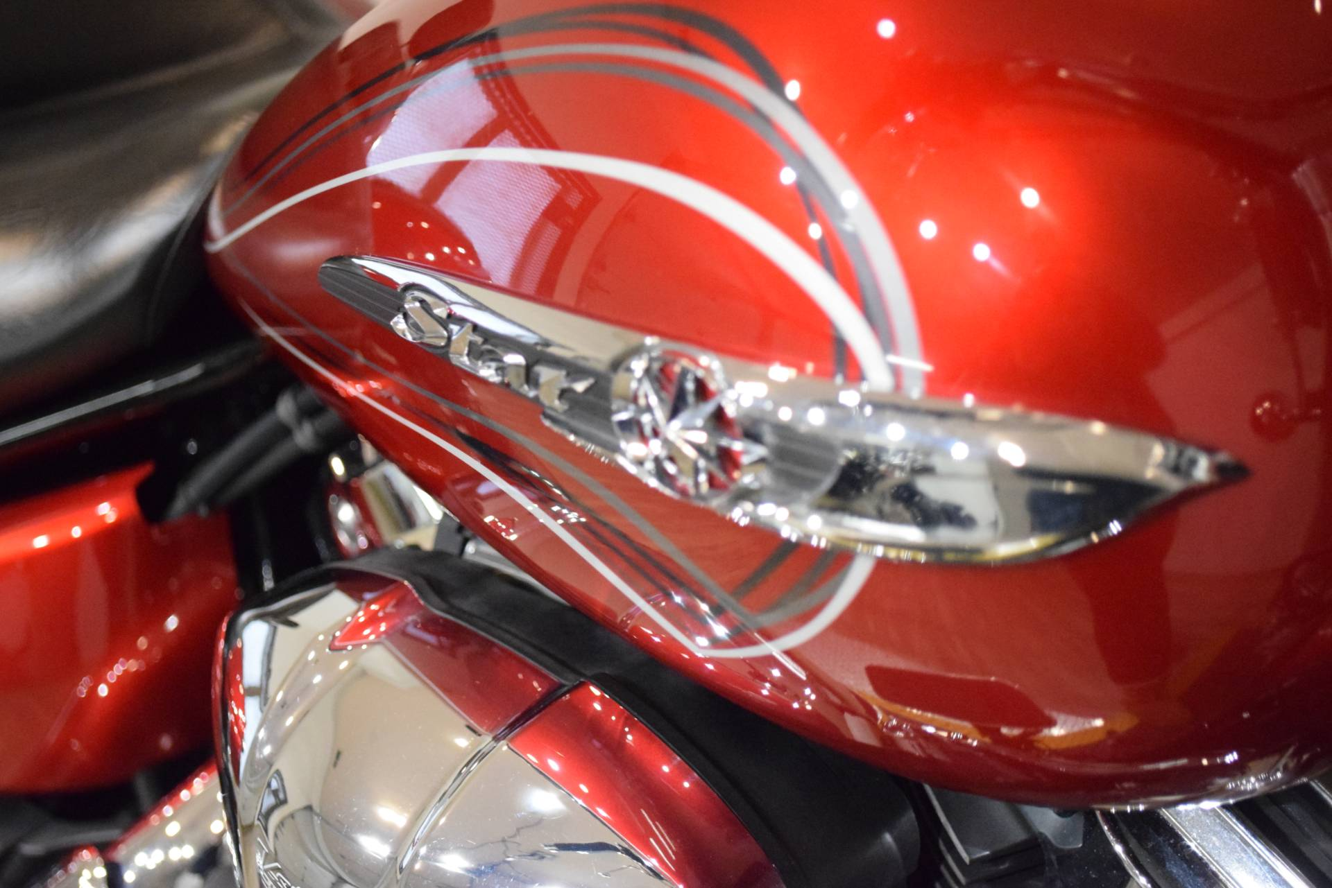 2011 Yamaha V Star 1300 Tourer in Wauconda, Illinois - Photo 5