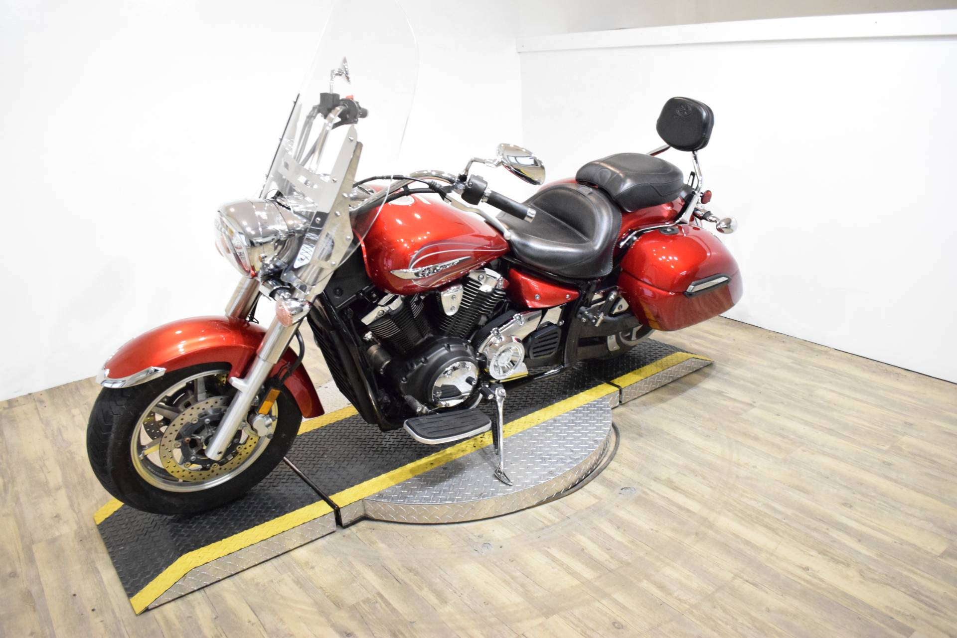2011 Yamaha V Star 1300 Tourer in Wauconda, Illinois - Photo 24