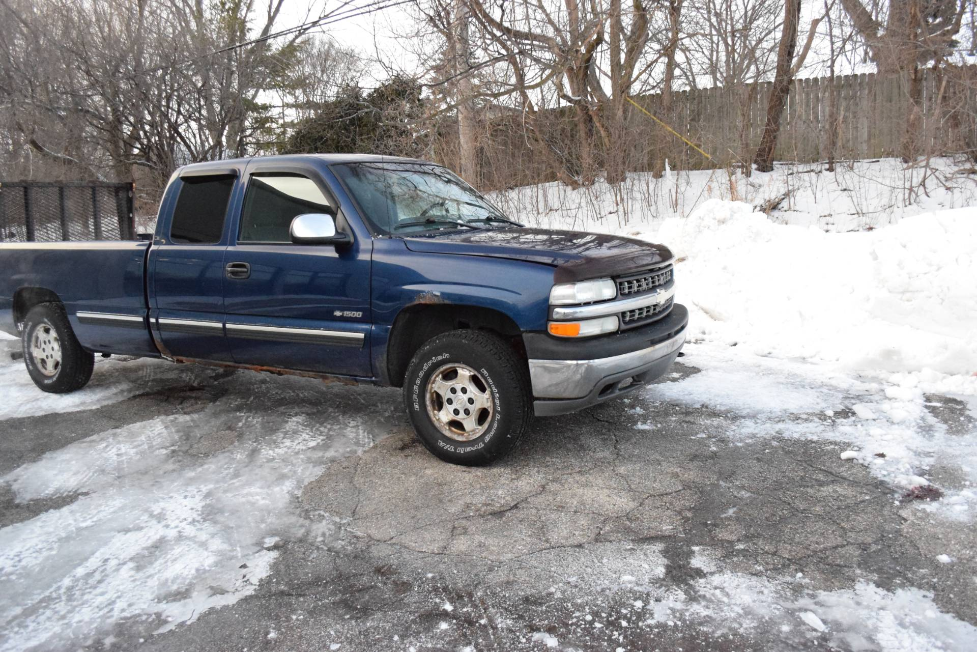 2002 Other 1500 SILVERADO LS in Wauconda, Illinois - Photo 2