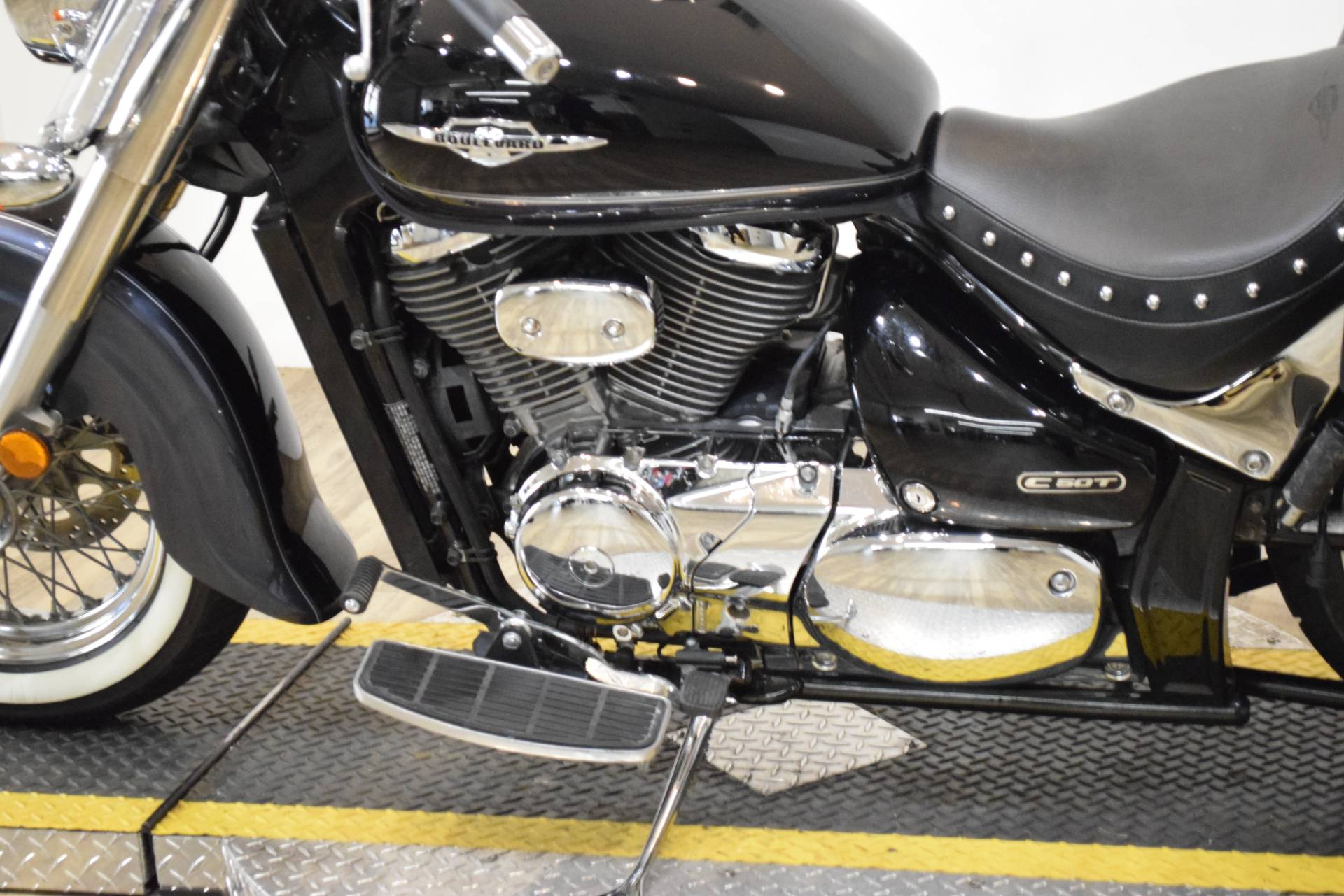 2011 Suzuki Boulevard C50T in Wauconda, Illinois - Photo 21