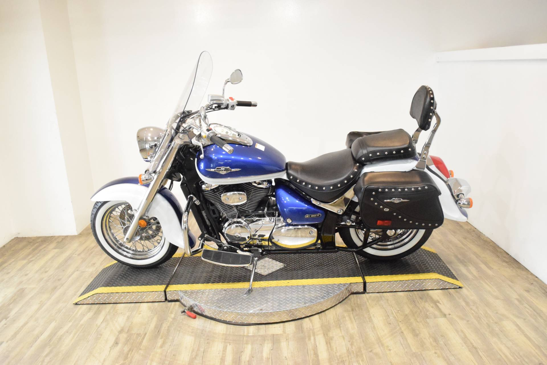 2012 Suzuki Boulevard C50T in Wauconda, Illinois - Photo 17