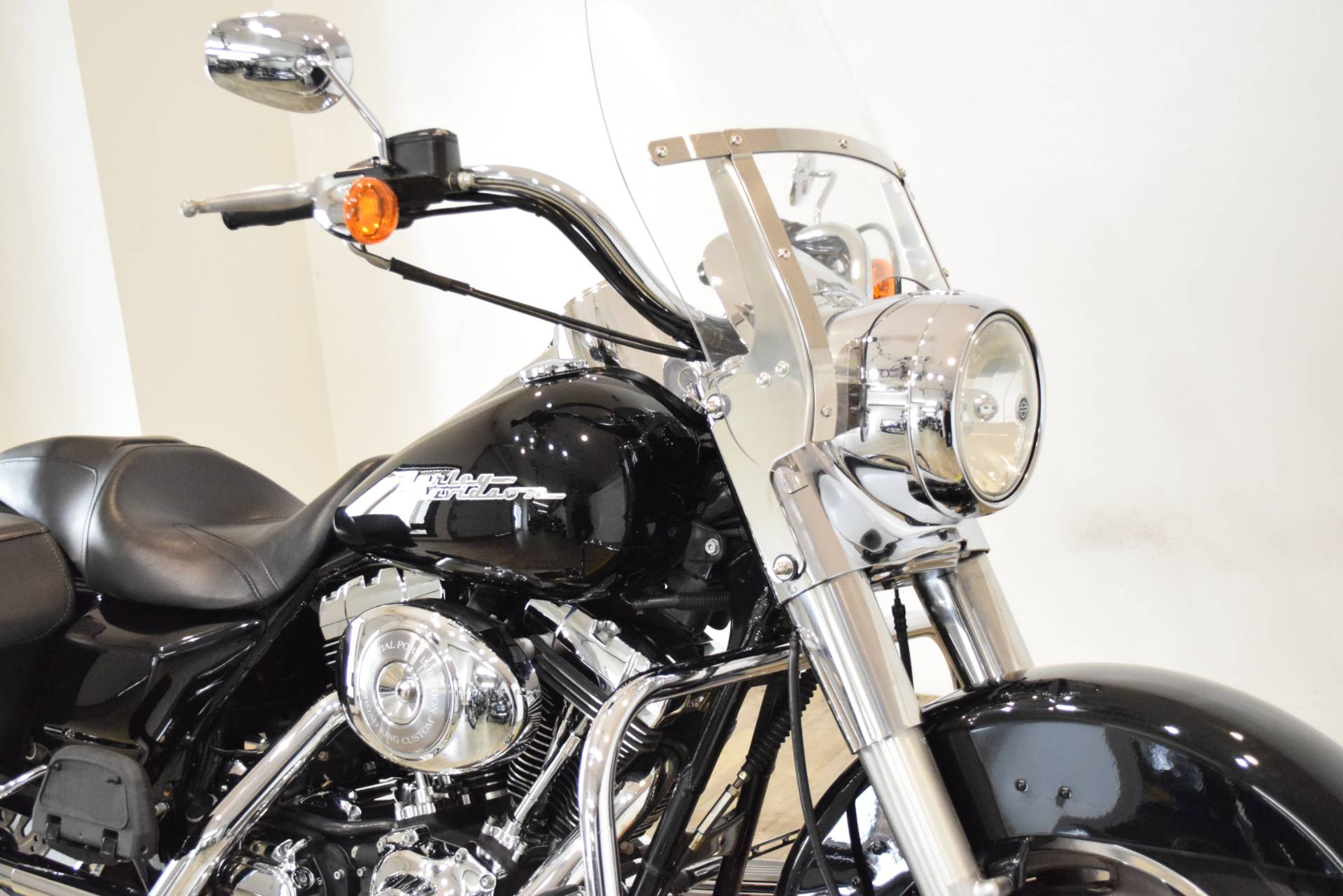 2005 Harley-Davidson FLHR/FLHRI Road King® in Wauconda, Illinois - Photo 3