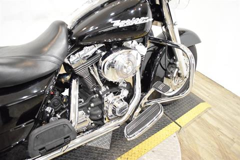 2005 Harley-Davidson FLHR/FLHRI Road King® in Wauconda, Illinois - Photo 7