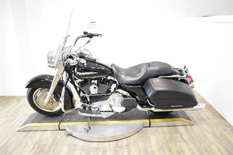 2005 Harley-Davidson FLHR/FLHRI Road King® in Wauconda, Illinois - Photo 16