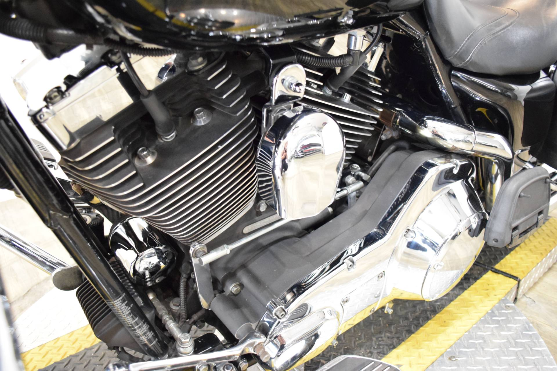 2005 Harley-Davidson FLHR/FLHRI Road King® in Wauconda, Illinois - Photo 20