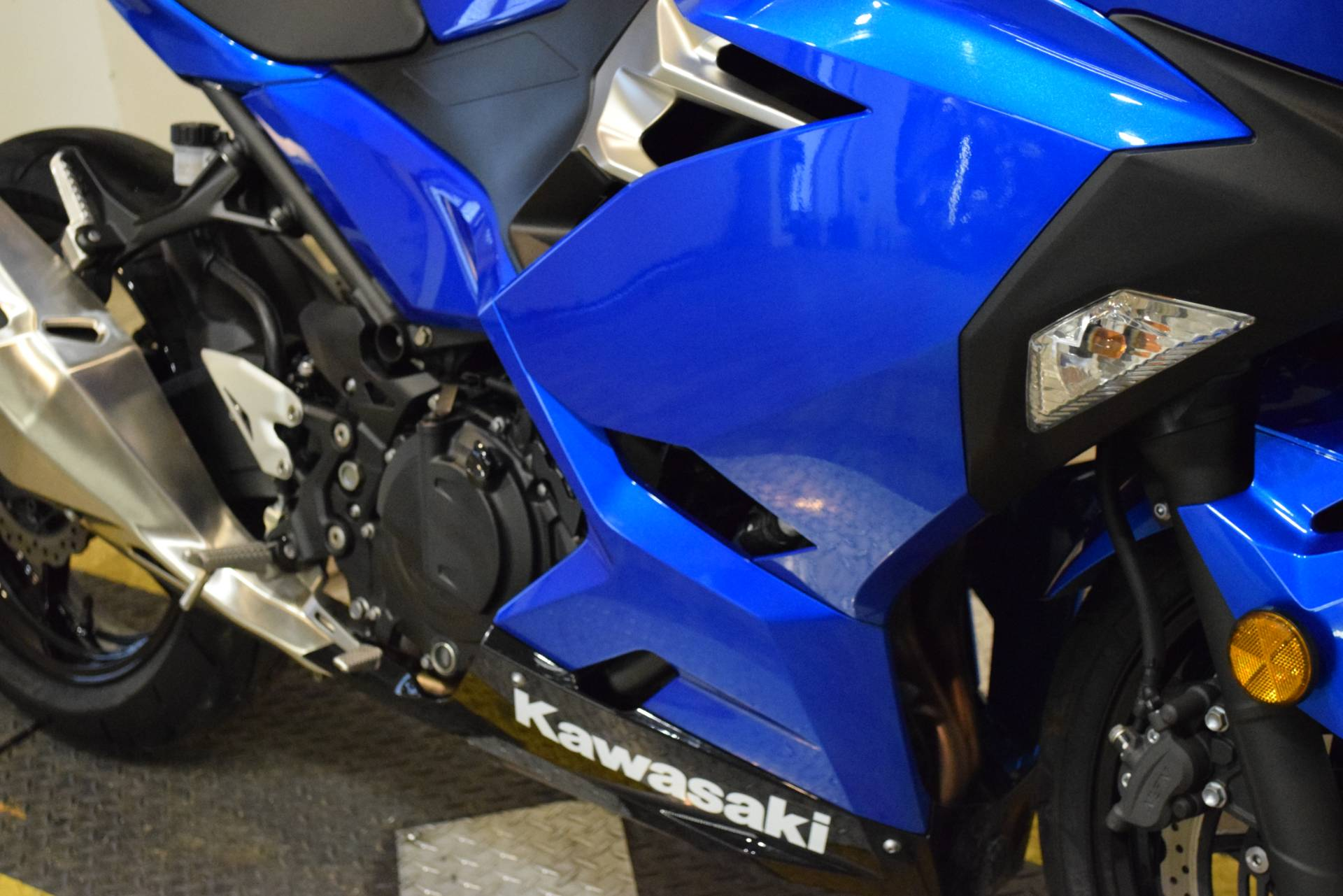 2018 Kawasaki Ninja 400 in Wauconda, Illinois - Photo 4