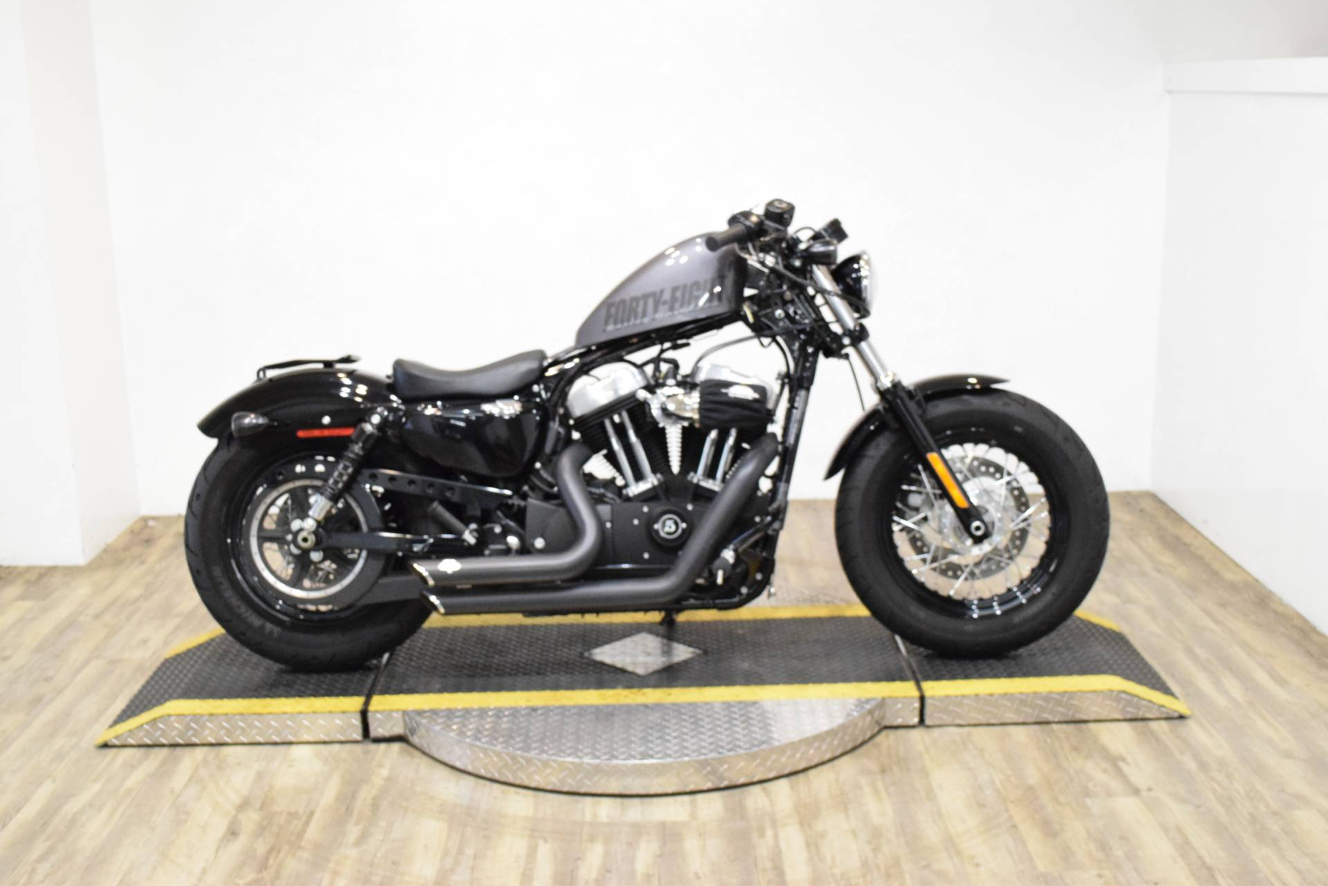 Harley Davidson 2015 >> 2015 Harley Davidson Forty Eight Used Motorcycle For Sale Wauconda