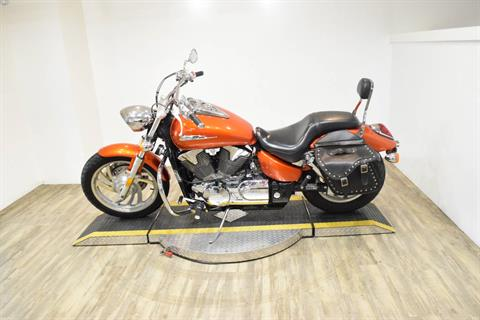 2006 Honda VTX™1300C in Wauconda, Illinois - Photo 17