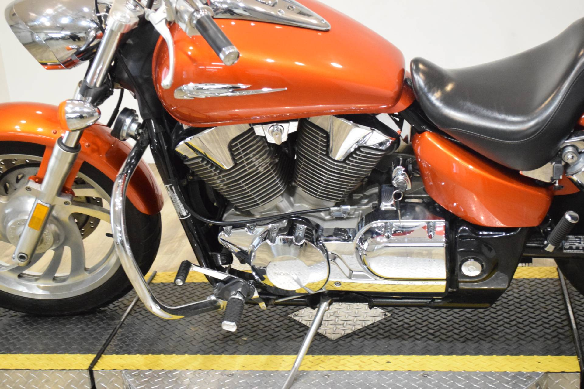 2006 Honda VTX™1300C in Wauconda, Illinois - Photo 20