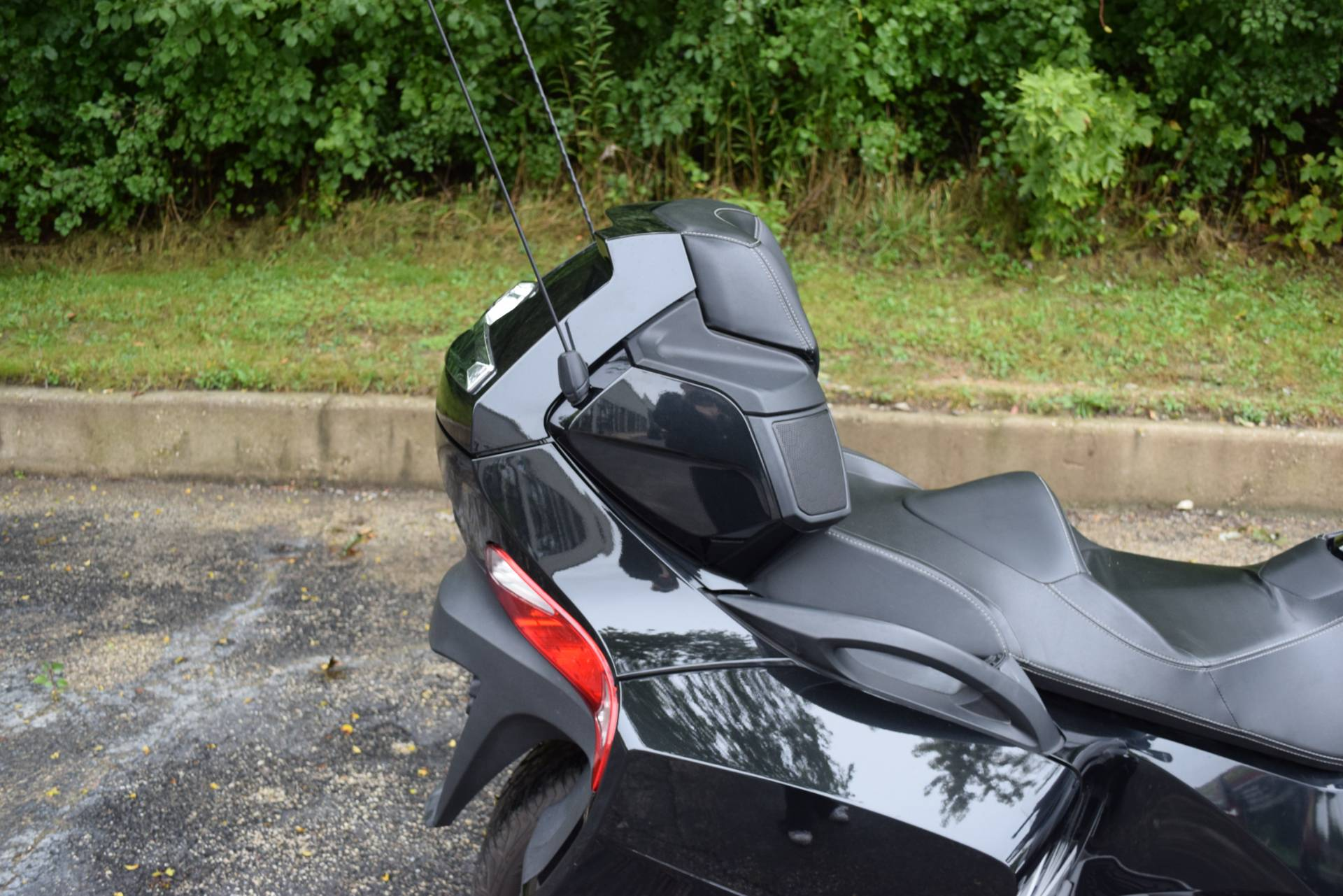 2010 Can-Am Spyder™ RT-S SM5 in Wauconda, Illinois