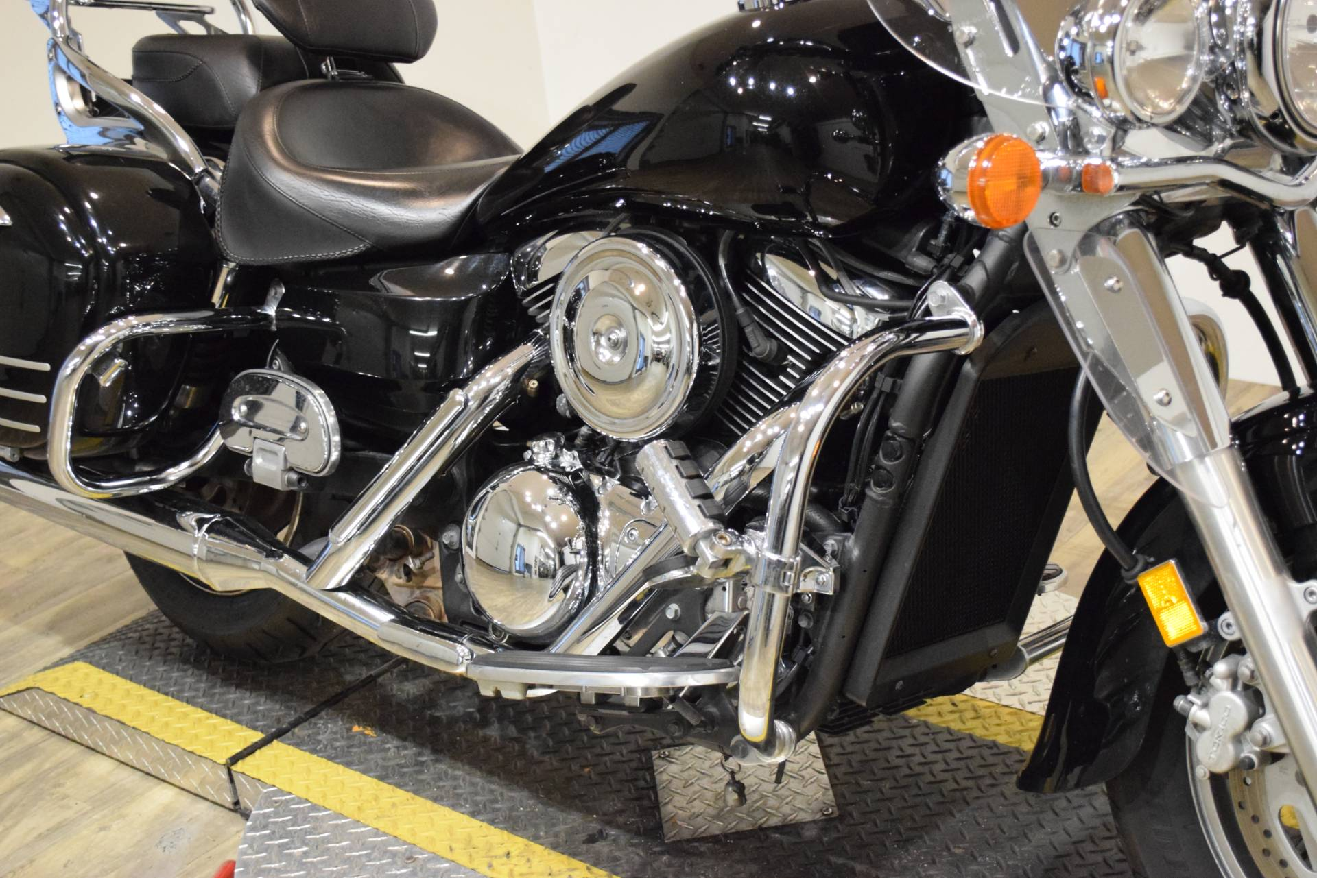 2008 Kawasaki Vulcan® 1600 Nomad™ in Wauconda, Illinois - Photo 4