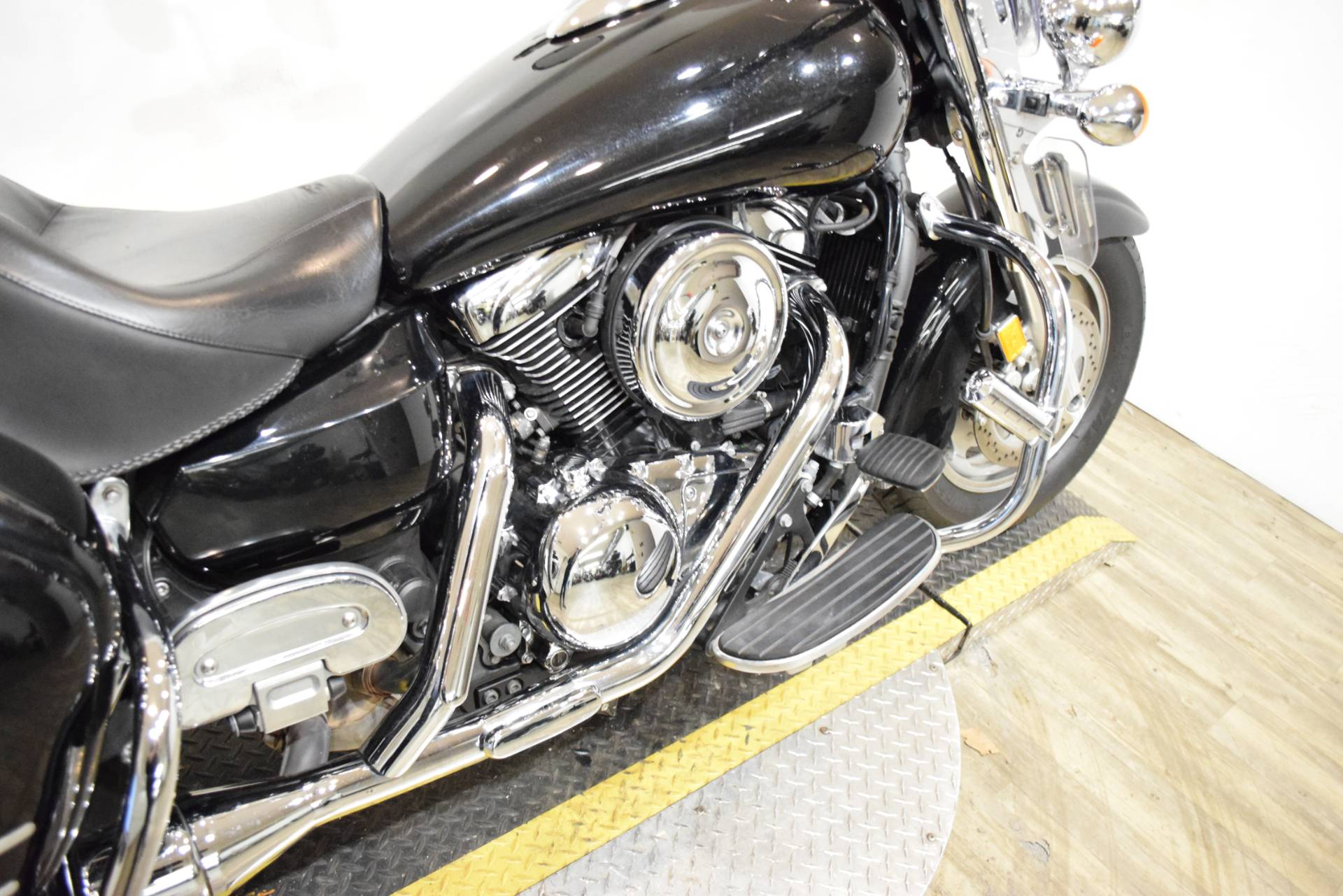 2008 Kawasaki Vulcan® 1600 Nomad™ in Wauconda, Illinois - Photo 6