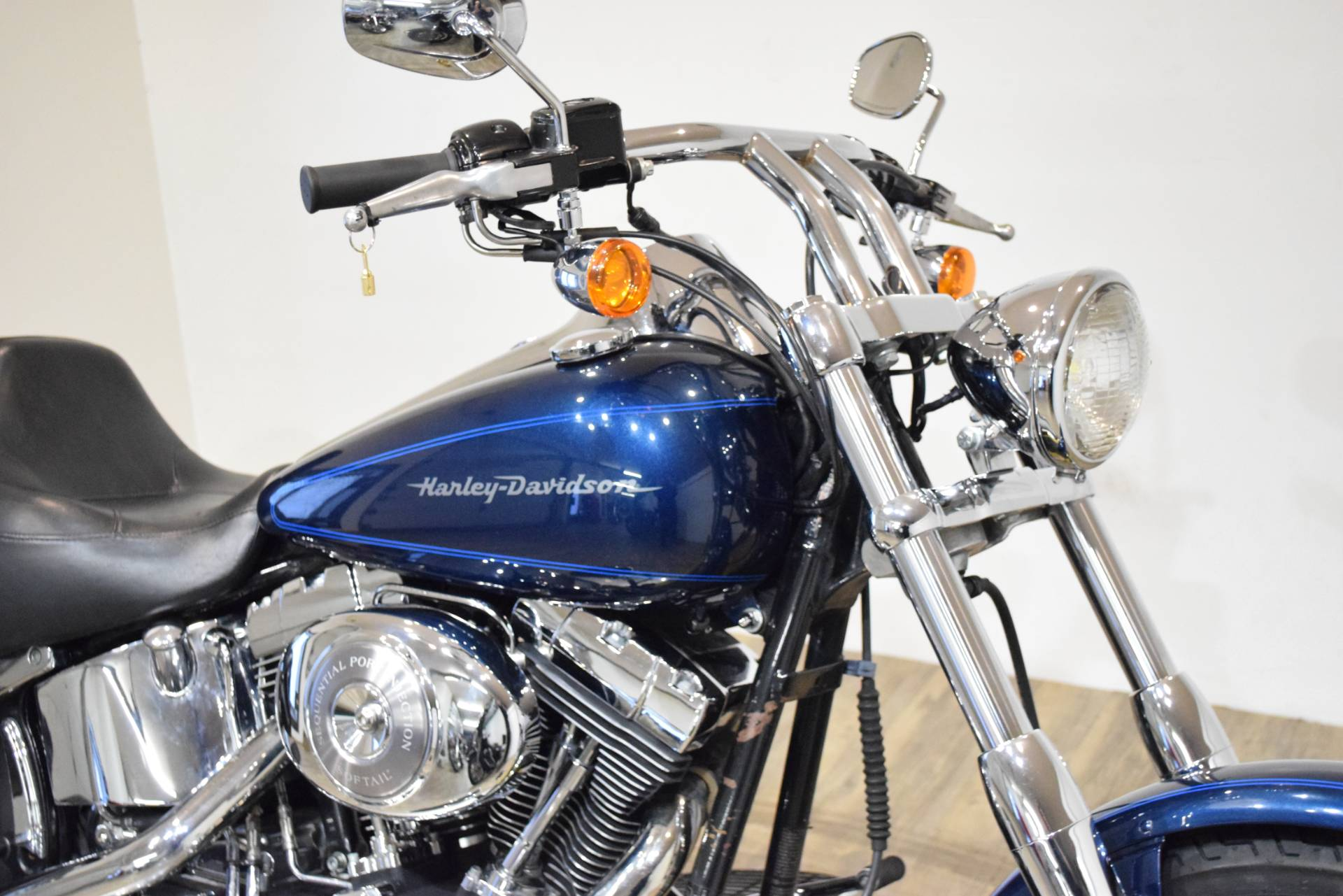 2002 Harley-Davidson FXSTD/FXSTDI Softail®  Deuce™ in Wauconda, Illinois - Photo 3