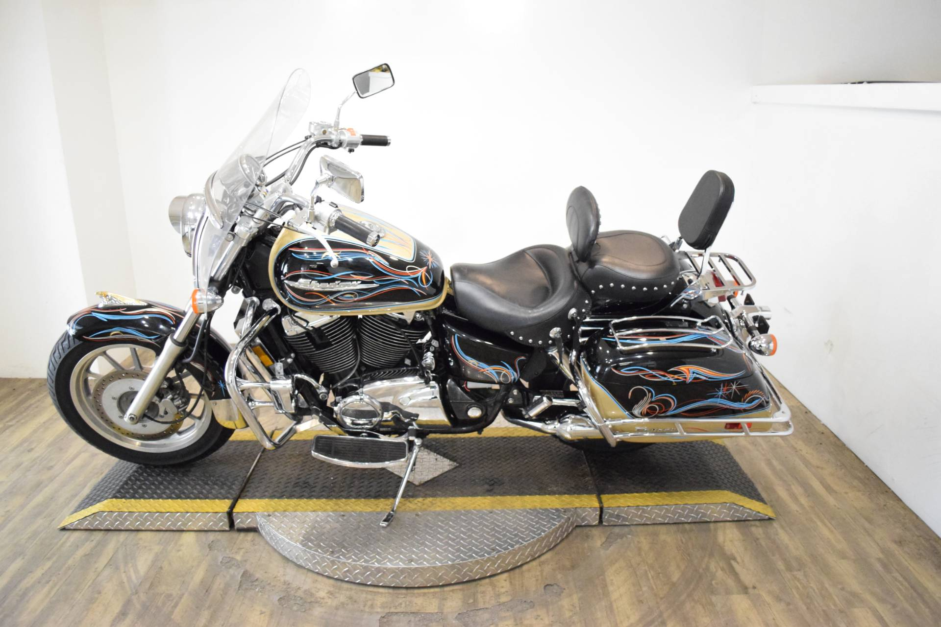 1998 Honda Shadow Ace1100 Tourer in Wauconda, Illinois - Photo 15