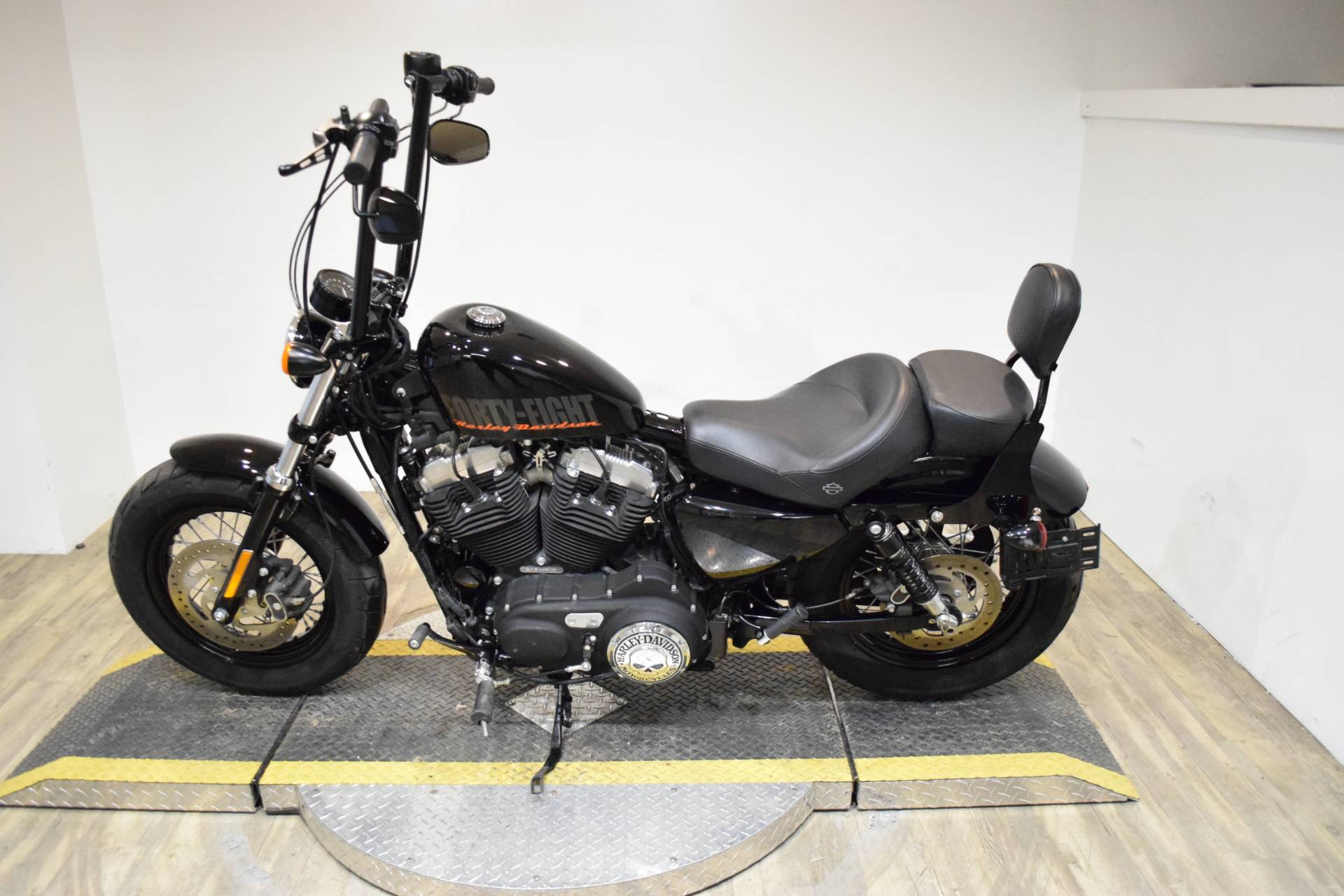 2015 Harley-Davidson Forty-Eight® in Wauconda, Illinois - Photo 15
