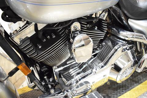 2005 Harley-Davidson FLHRCI Road King® Classic in Wauconda, Illinois - Photo 19