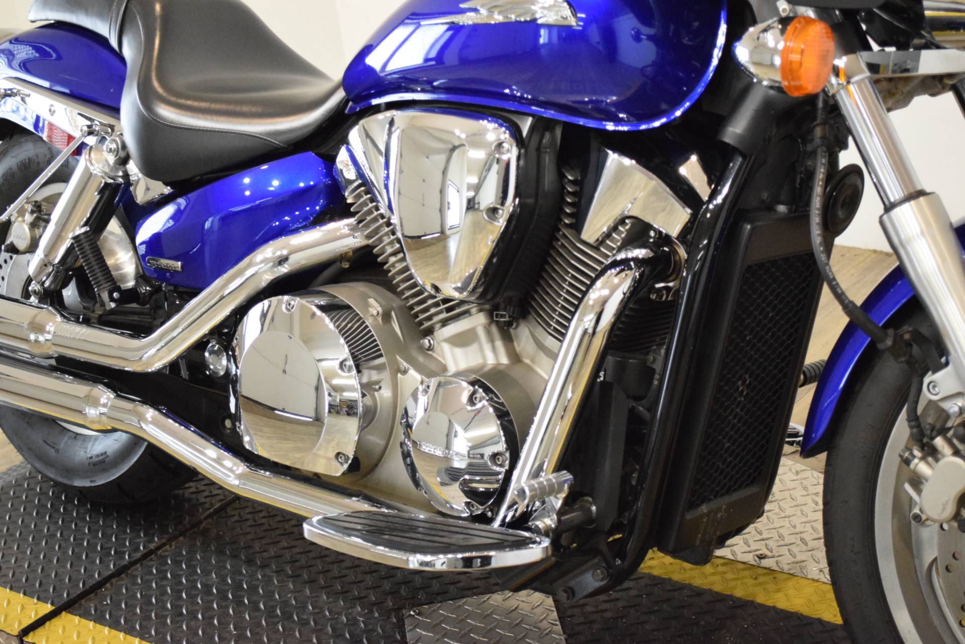 2005 Honda VTX™ 1300C in Wauconda, Illinois - Photo 4