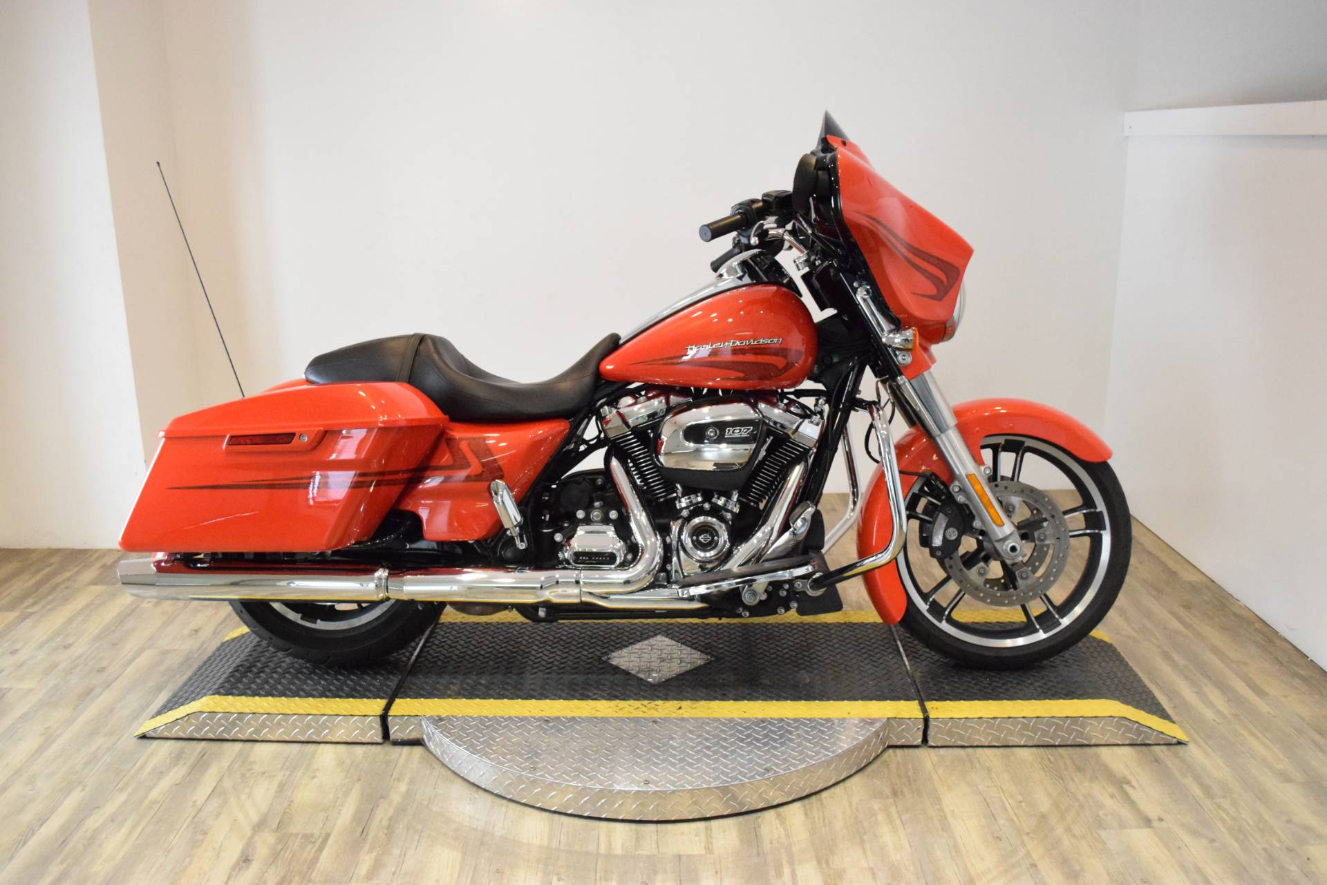 2017 harley davidson street glide special in wauconda illinois. Black Bedroom Furniture Sets. Home Design Ideas