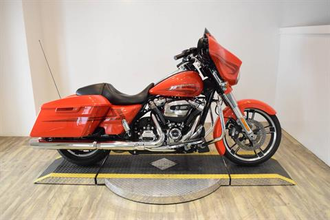 2017 Harley-Davidson Street Glide® Special in Wauconda, Illinois
