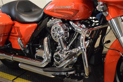 2017 Harley-Davidson Street Glide® Special in Wauconda, Illinois - Photo 4