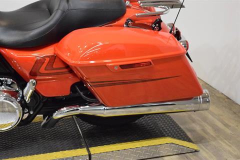 2017 Harley-Davidson Street Glide® Special in Wauconda, Illinois - Photo 16
