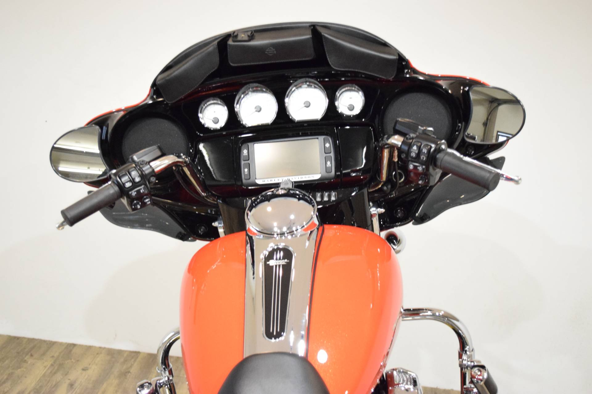 2017 Harley-Davidson Street Glide® Special in Wauconda, Illinois - Photo 29