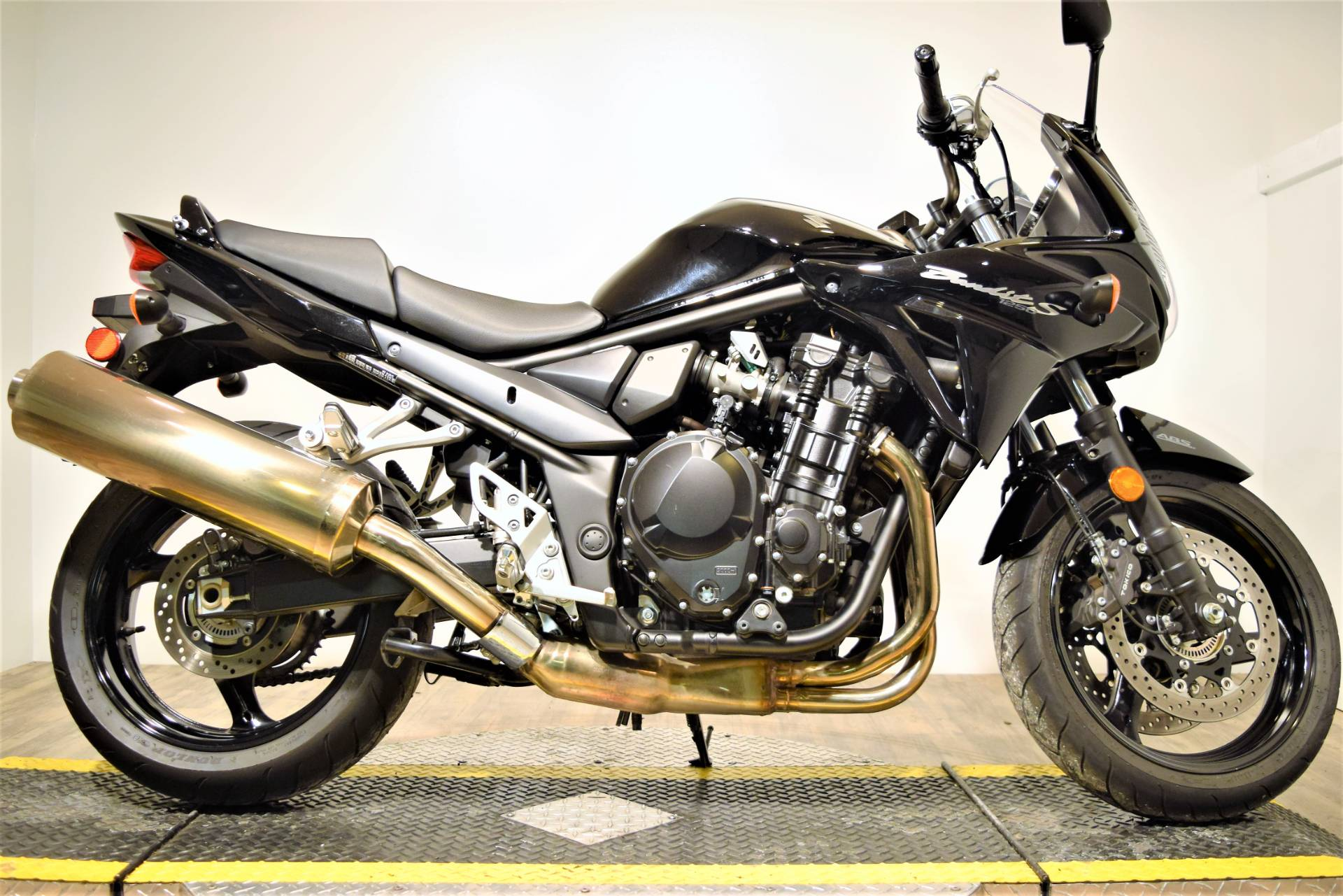 2016 Suzuki Bandit 1250S ABS in Wauconda, Illinois