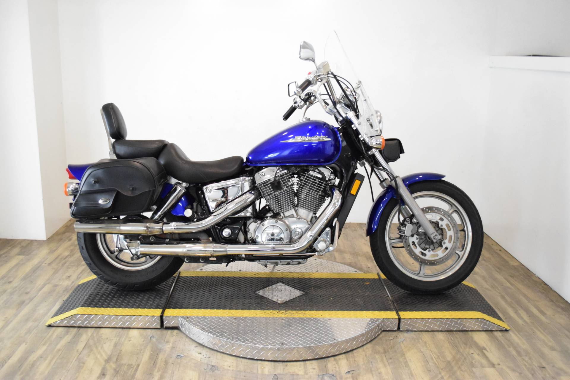 2006 Honda Shadow Spirit™ in Wauconda, Illinois - Photo 1