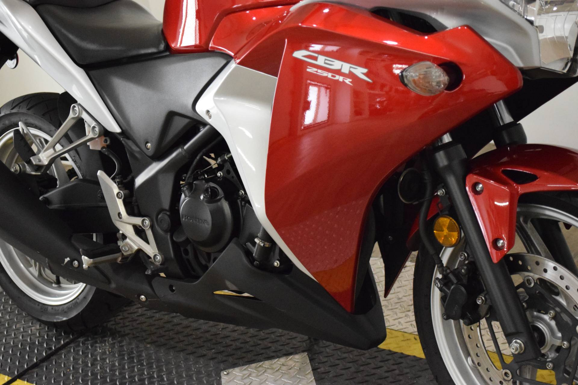 2012 Honda CBR®250R in Wauconda, Illinois - Photo 4