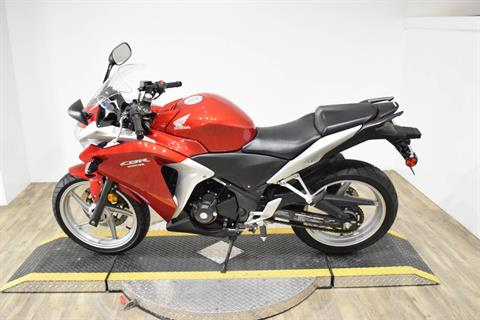 2012 Honda CBR®250R in Wauconda, Illinois - Photo 16