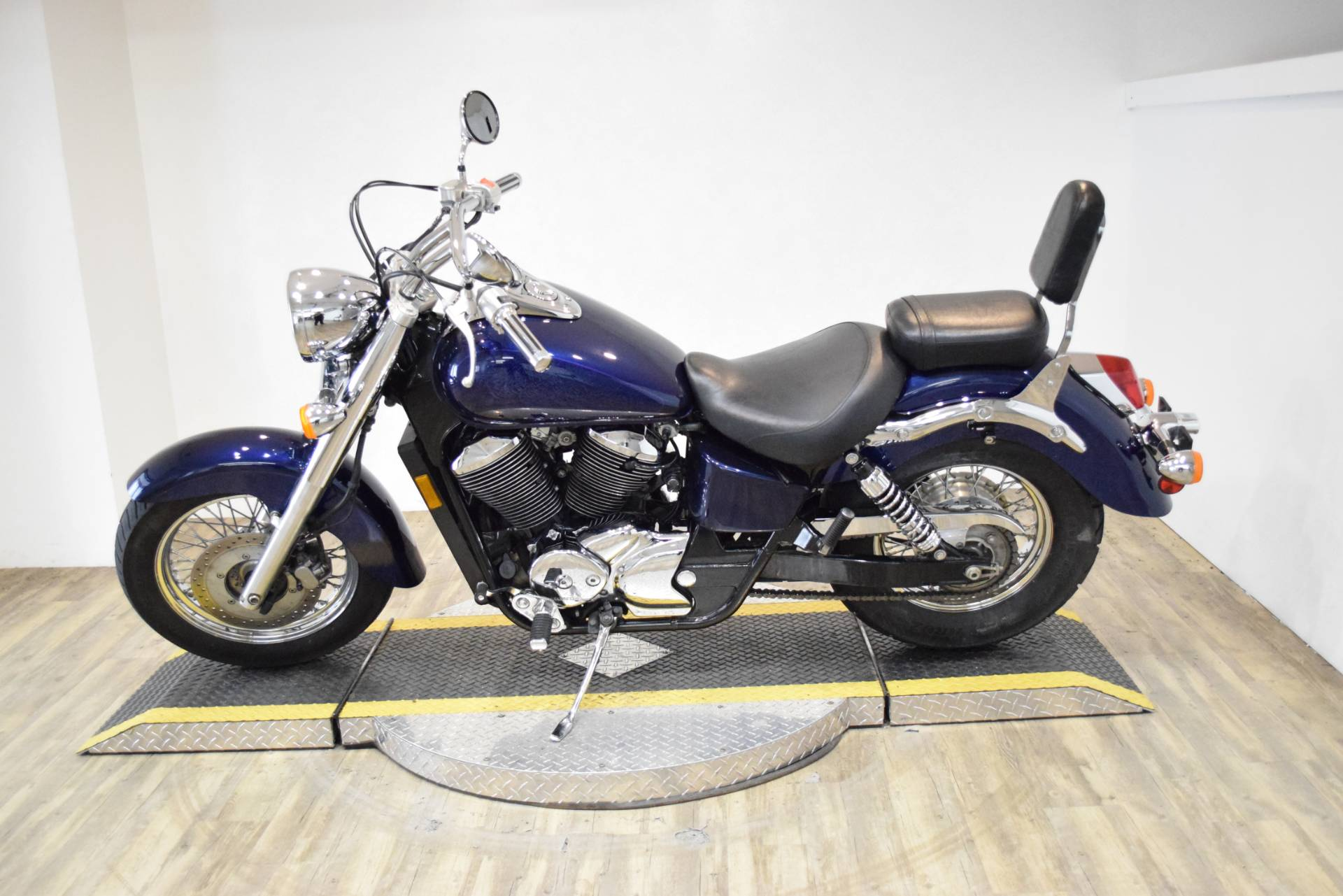 2002 Honda Shadow Ace 750 in Wauconda, Illinois - Photo 16