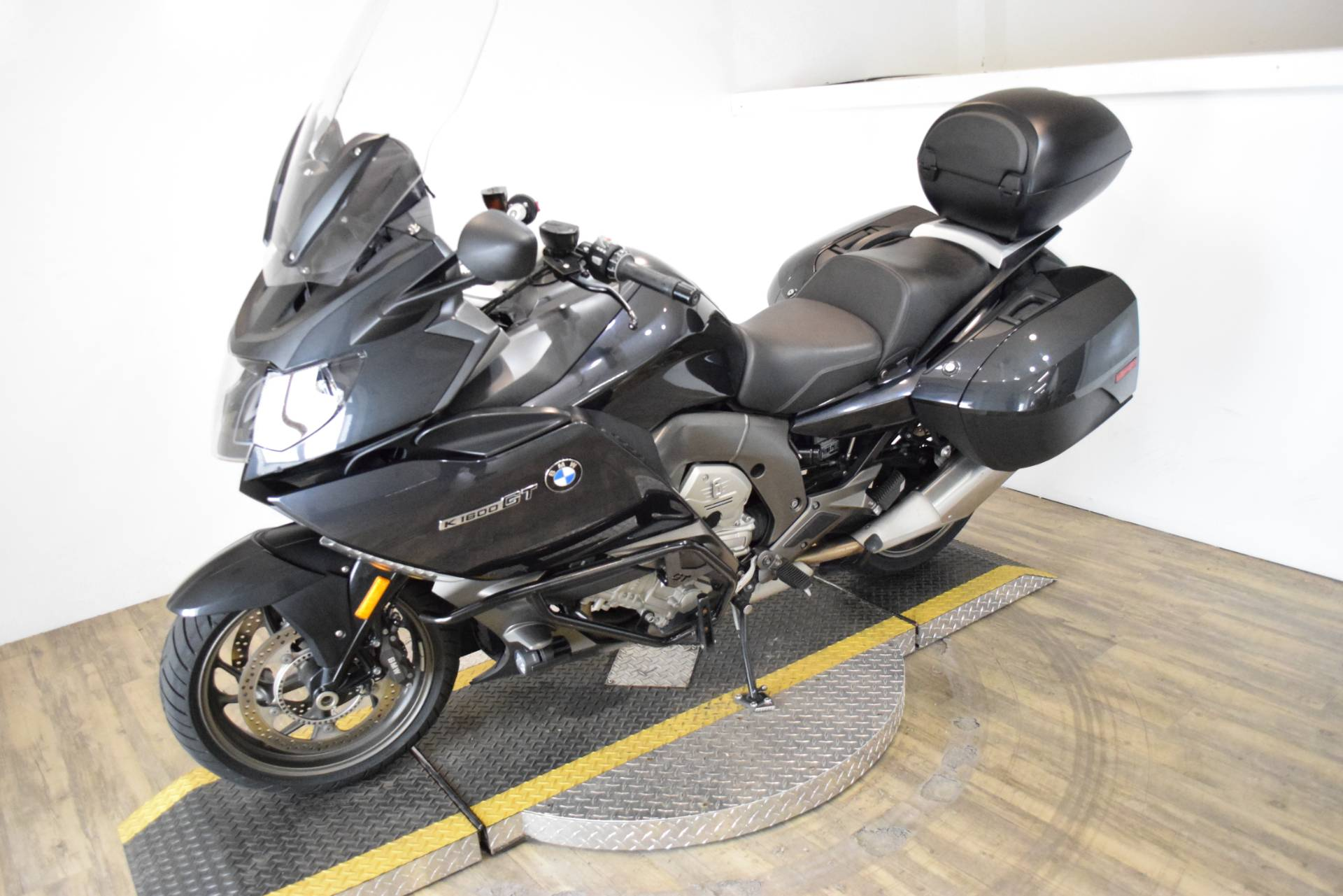 2014 BMW K 1600 GT in Wauconda, Illinois - Photo 21