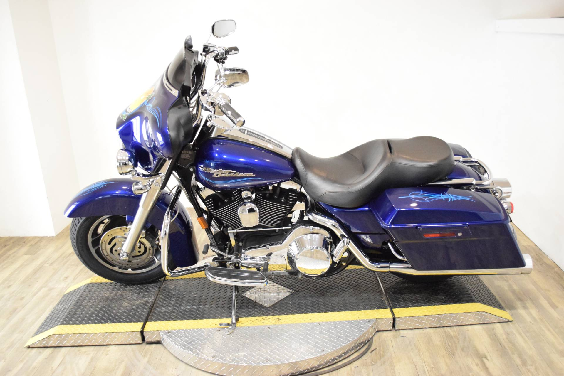 2006 Harley-Davidson Street Glide™ in Wauconda, Illinois - Photo 18