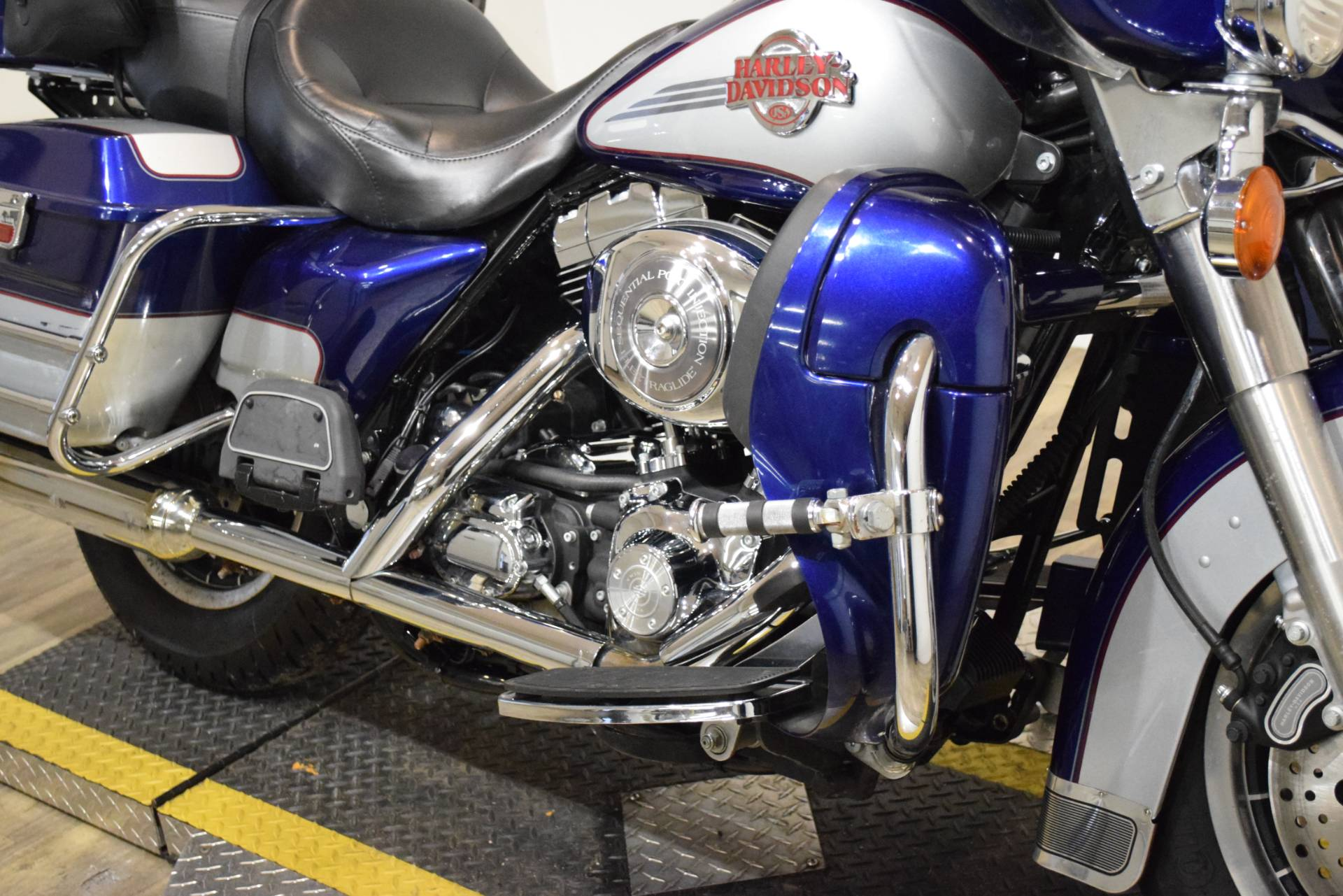 2006 Harley-Davidson Ultra Classic® Electra Glide® in Wauconda, Illinois - Photo 4