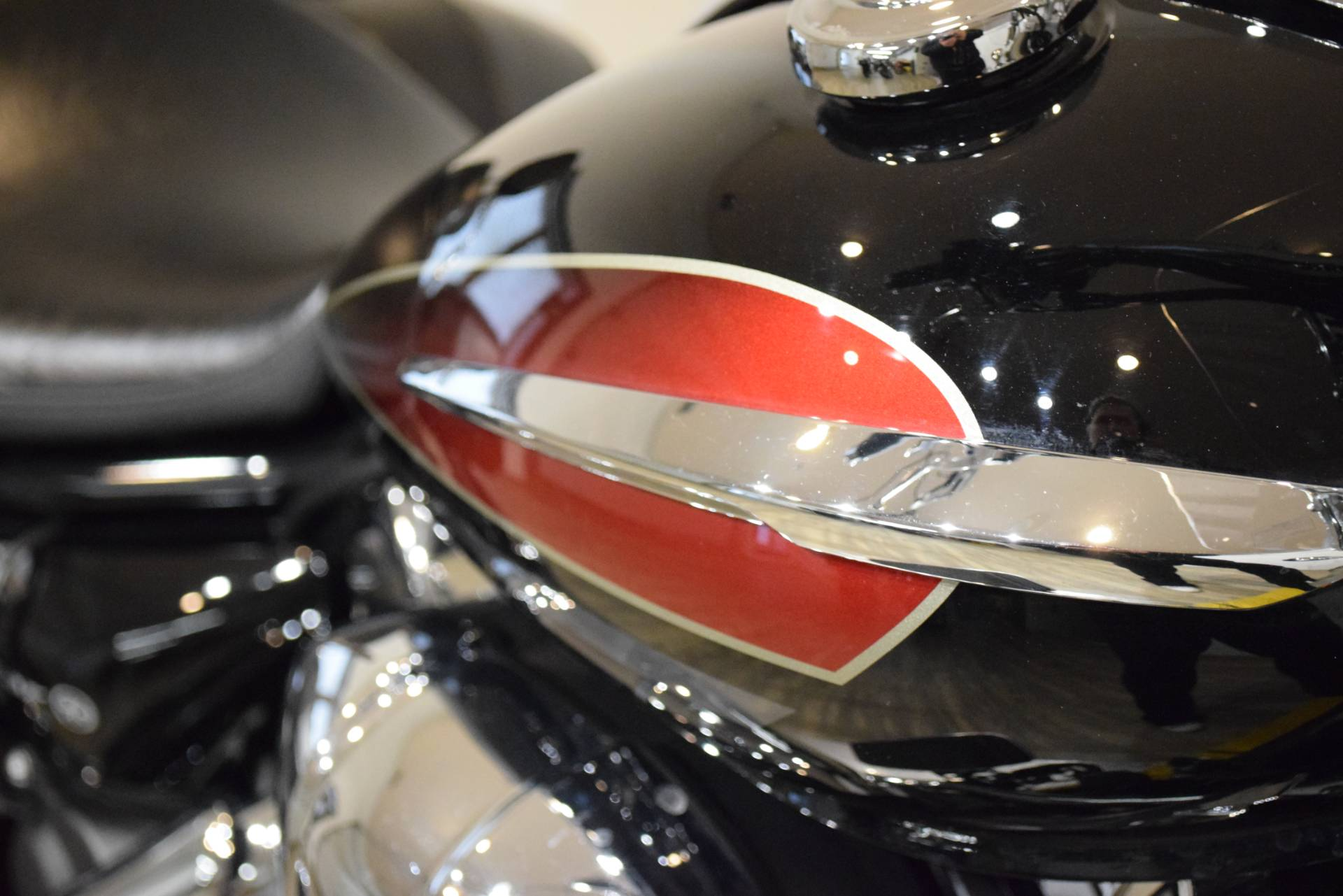 2014 Yamaha V Star 950 Tourer in Wauconda, Illinois - Photo 5